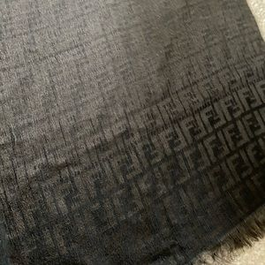 Fendi scarf in good condition with logo. Brown